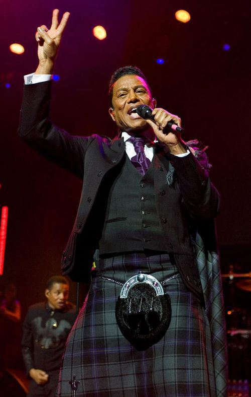 Jermaine jackson Performed in a Kilt in Scotland Also