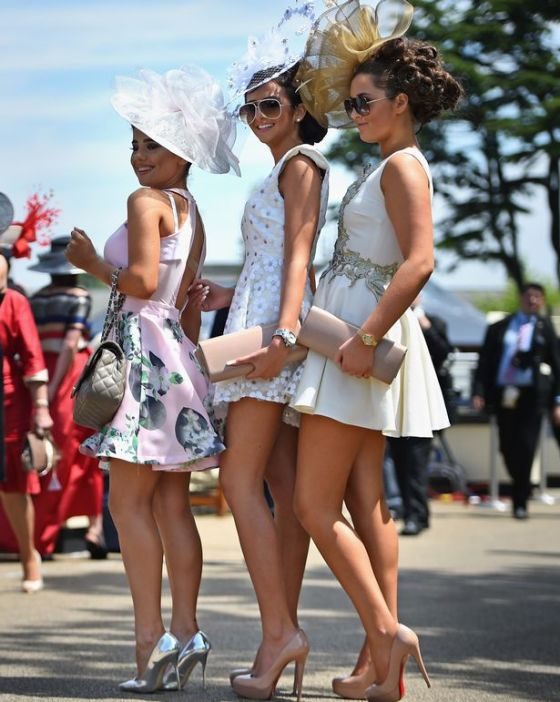Racegoers-attend-Ladies-Day
