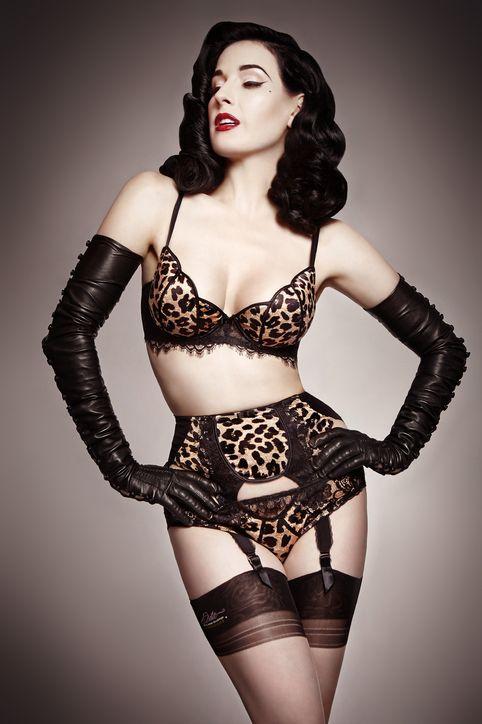dita-von-teese-lingerie-leopard-h724