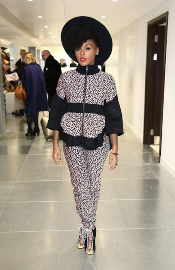 Janelle-Monae-for-the-slay-at-the-Antonio-Beradi-Fall-2015-fashion-show-in-London.-Werk