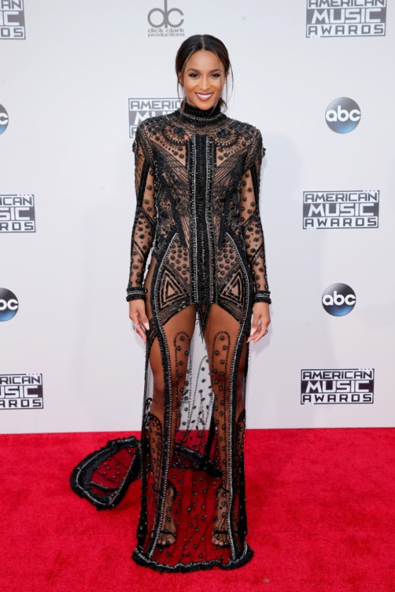 2015-American-Music-Awards-Arrivals-ciara-667x1000.jpg