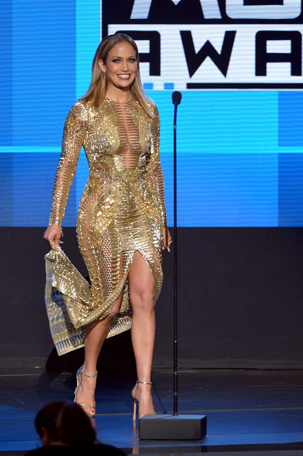 Jennifer Lopez Open Amas 2015 American Music Awards 5