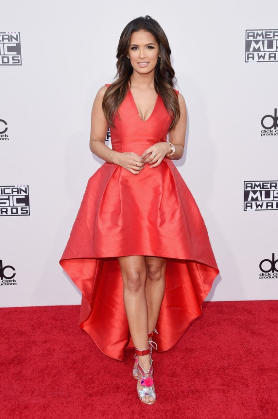 Rocsi-Diaz-2015-American-Music-Awards-Arrivals-alexis-sophia-webster-664x1000.jpg